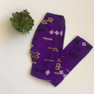 LuLaRoe Pants - LuLaRoe Purple One Size Leggings